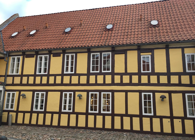 Fredet bygning der rummmer Agency Spring i Aarhus