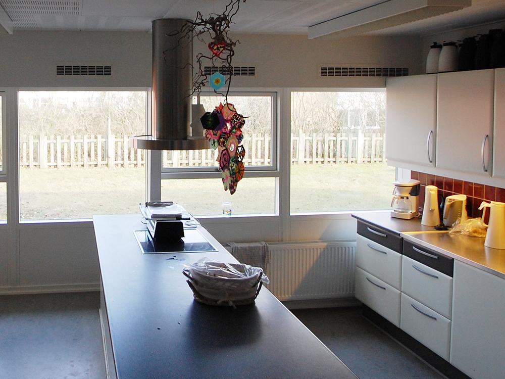 MicroVent ventilationssystem i køkkenet i Hjallerup Børnehave