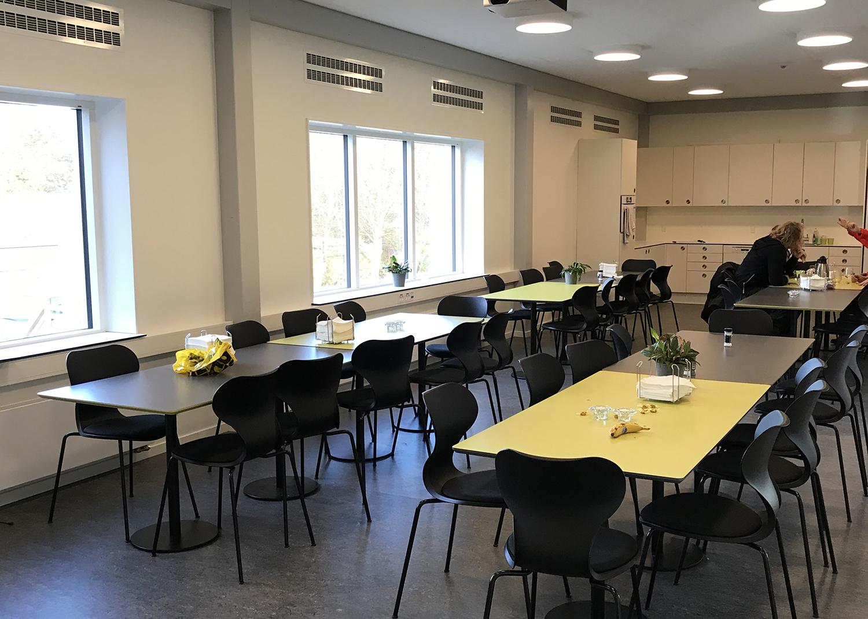 MicroVent ventilationssystem i kantinen på Nyrupskolen