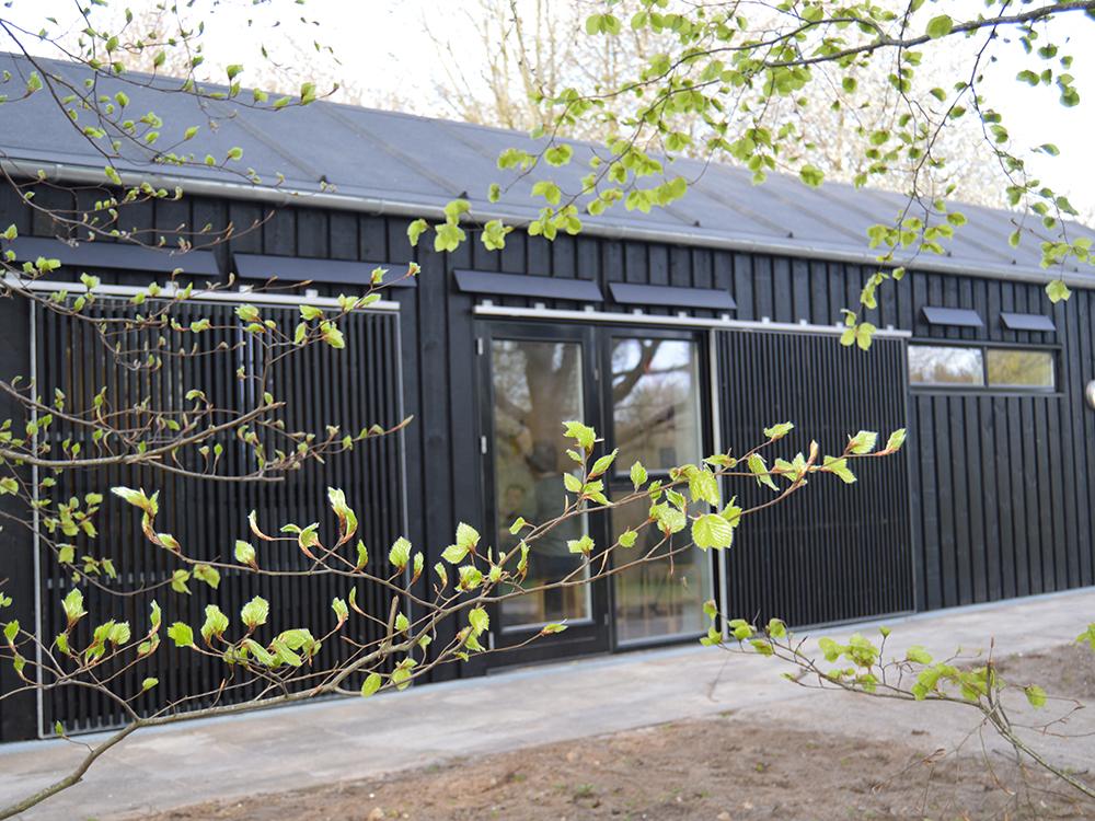 Børnehaven Himmelblås udendørs facade med MicroVent ventilationssystem