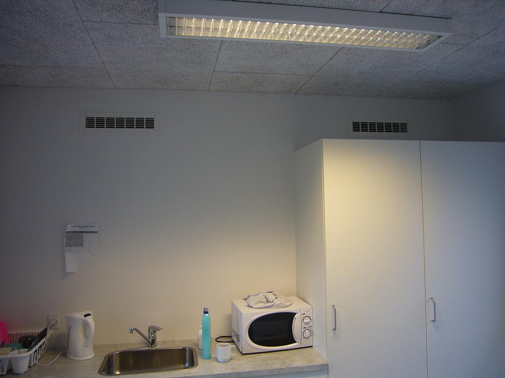MicroVent ventilation sikrer frisk indeklima i køkkenet på Dronninglund Efterskole