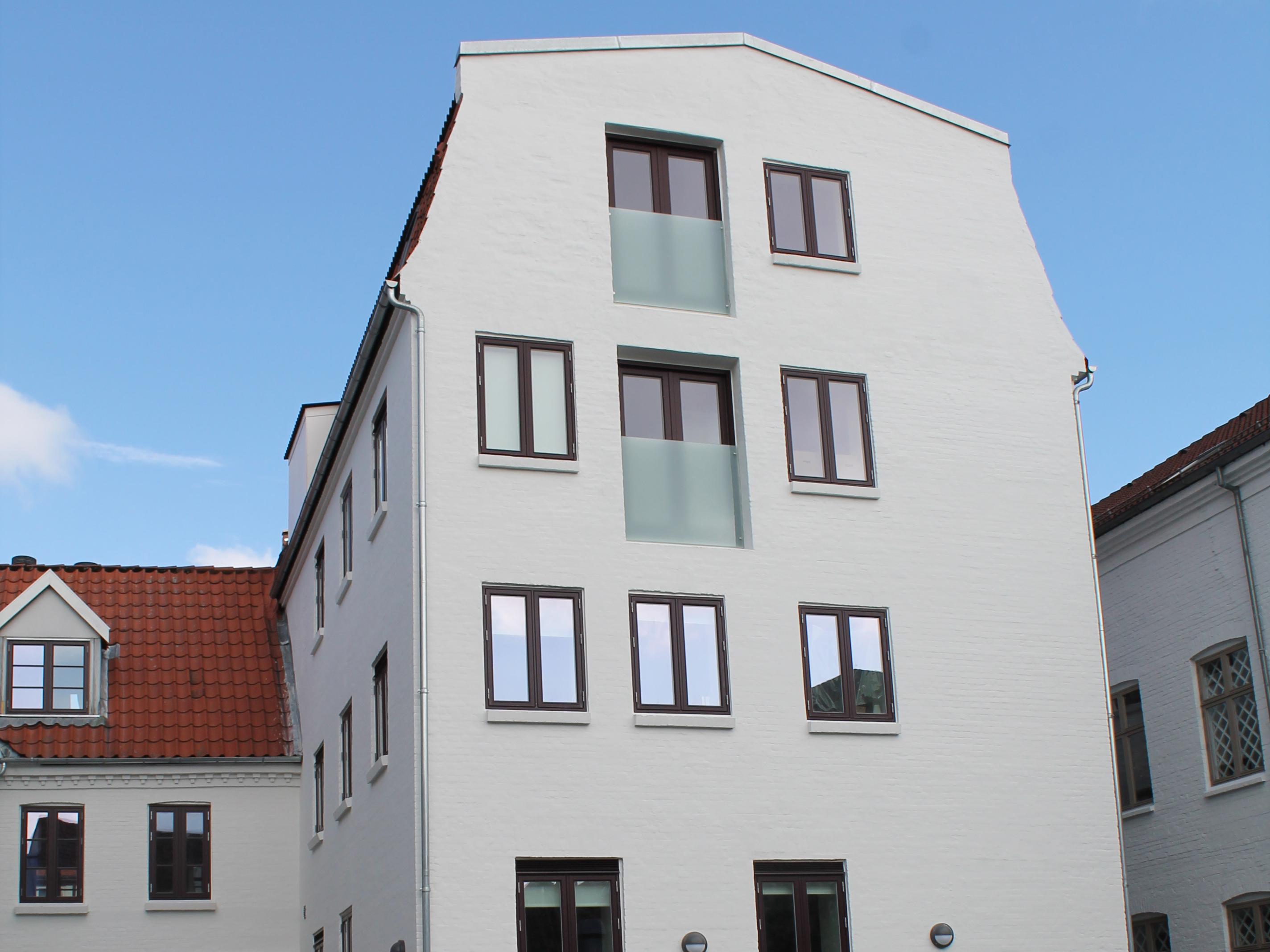 Tiendeladen i Aalborg set udefra