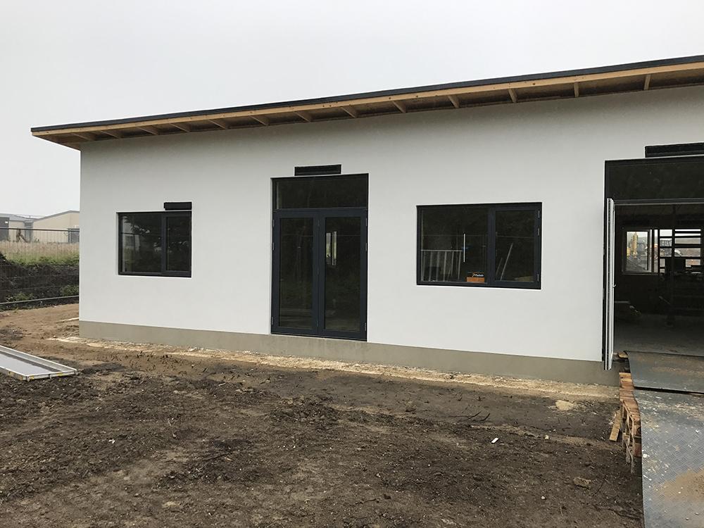 Udvendig installation af Microvent ventilation i Rosenhaven