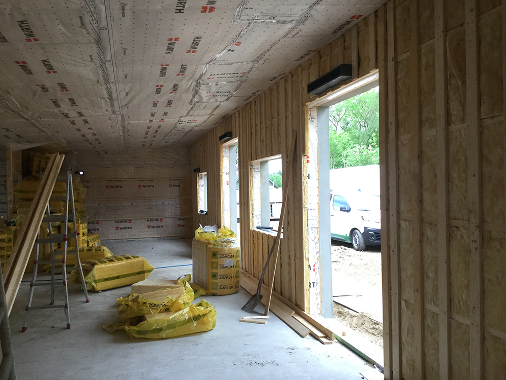 Indvendig installation af MicroVent ventilation i Rosenhaven