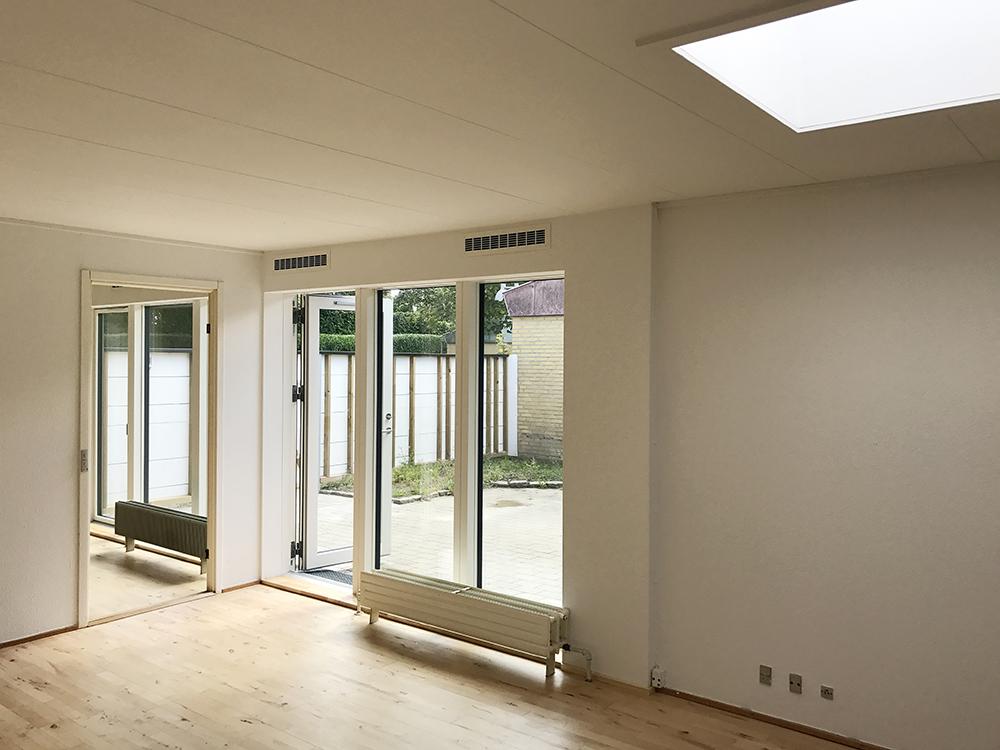 MicroVent ventilation indvendigt i hus på Byager Vænge